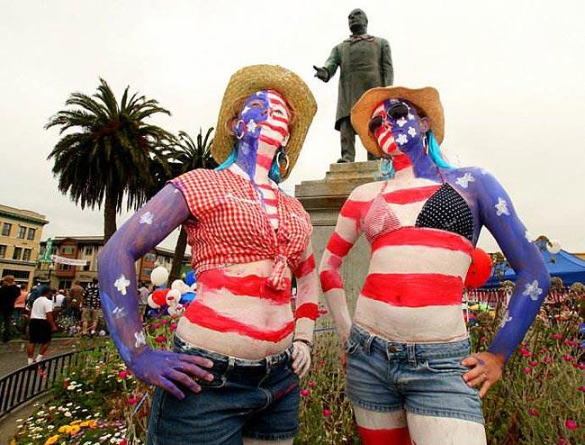 国庆的民众花样玩转美国国旗