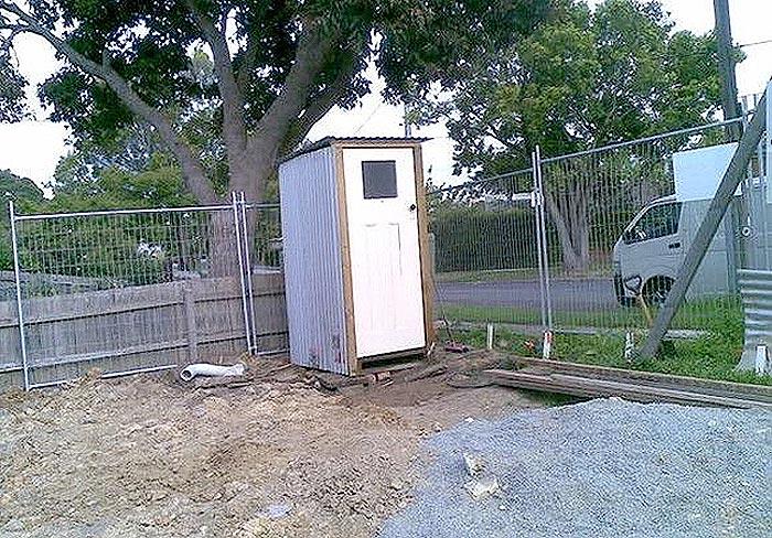 美国建房过程安装的临时厕所