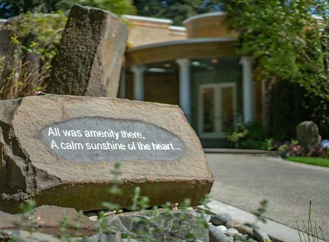 美国最著名的悬疑小说作家Jance改造的花园房产-12