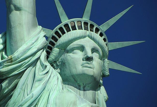 最新美国EB-5投资移民政策条件
