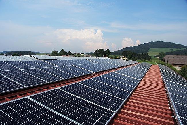 美国新住宅要求家庭太阳能发电,加州率先